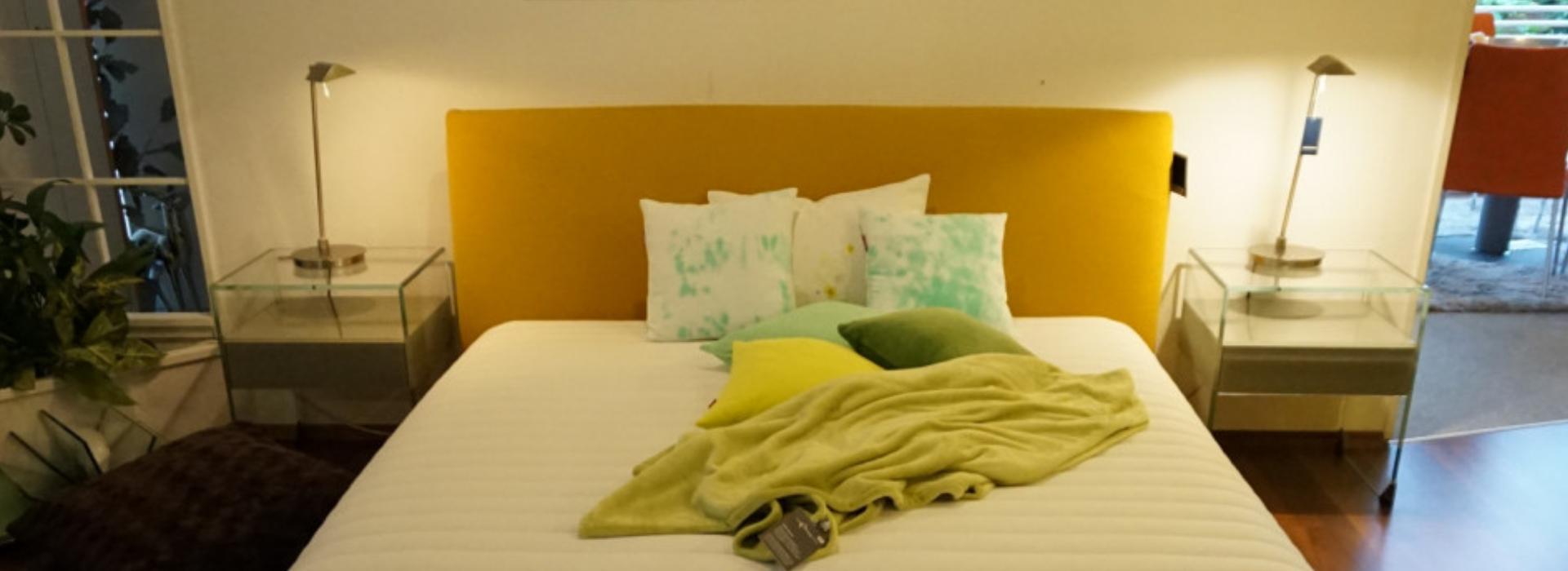 Wackenhut schlafzimmer schlafzimmer mit schr gen for Einrichtungshaus darmstadt